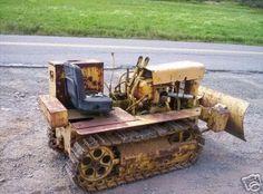 Building a Mini Dozer Excavator Parts, Mini Excavator, Mining Equipment, Heavy Equipment, Home Shop Machinist, Small Garden Tractor, Crawler Tractor, Antique Tractors, Outdoor Tools