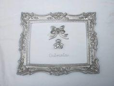 Quadro 28x22 em resina  em prata Consulte disponibilidade de aplicações R$ 185,00