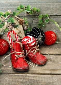 40 super cool Christmas shoes and ways to decorate with her Pinner Sabine Franz Quelle Bildgröße 736 x 1022 Boardname shabby Ansichten 2 The post 40 super cool Christmas shoes and ways to decorate with her appeared first on myList Christmas Shoes, Christmas Baby, All Things Christmas, Christmas Stockings, Christmas 2019, Cottage Christmas, Primitive Christmas, Country Christmas, Antique Christmas