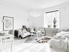 Gravity Interior | Neutral coloured studio apartment via Stadshem