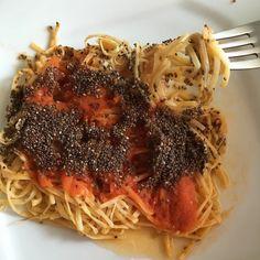 Impossível descrever a janta de hoje. @nutricaosobmedida precisa compartilhar essa receita!!!! Espaguete de pupunha ao molho de tomate. #queroMais #podeRepetir? #materniarte #parceiroGMSP #nutriçãoSobMedida