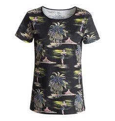 Hulapalm - DC Shoes T-Shirt für Frauen  Hulapalm T-Shirt von DC Shoes. Die Eigenschaften dieses Produkts sind: kurze Ärmel, Boyfriend Fit und Allover-Print. Dieses Produkt besteht aus: 100% Baumwolle.  Merkmale:  T-Shirt, Kurze Ärmel, Boyfriend Fit, Allover-Print,  Dieses Produkt besteht aus:  100% Baumwolle,  ...