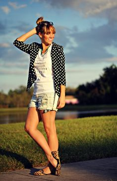 I bought a navy & white polka dot blazer this summer, never thought about pairing it with shorts - looks cute!