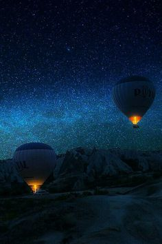 Flight to the Milky Way. Two hot air balloons soar into the night sky filled with stars. Beautiful Sky, Beautiful World, Beautiful Places, Simply Beautiful, Pretty Pictures, Cool Photos, Ciel Nocturne, Sky Full Of Stars, Milky Way
