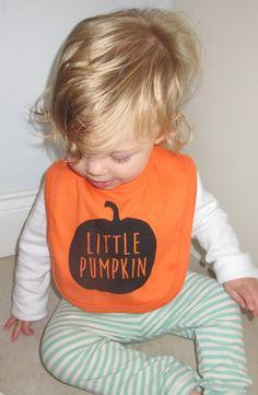 Screen printed Halloween 'little pumpkin' bib by DollyOliveShop Baby In Pumpkin, Cute Pumpkin, Little Pumpkin, First Halloween Costumes, My First Halloween, Halloween 1, Newborn Onesies, Newborn Baby Gifts, Handmade Baby Gifts