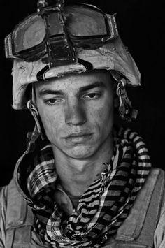 Photograph by Louie Palu / Location: Afghanistan (US Marine)