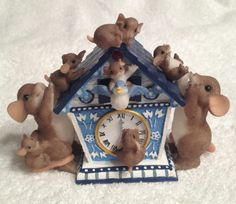 Dean Griff 89/238 Charming Tails Family Theres Always Time For Family Rare Figur