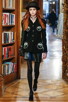 """Cloopin-team said, """"Love this jacket ! #Chanel"""" at 13:50 on 12/07/2014 from http://www.style.com/slideshows/fashion-shows/pre-fall-2015/chanel/collection/69"""