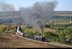 Net Photo: 3046 Reefsteamers Association Steam at Magaliesburg, South Africa by James Attwell South African Railways, Steam Engine, Steam Locomotive, Rest Of The World, Countries Of The World, Trains, Sunrise, Scenery, Castle