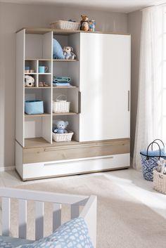 Beautiful PAIDI CARLO Babyzimmer Ideen in den Farben wei und hellblau mit Schiebent renschrank nicht nur f r kleine R ume Die Optik trifft mit warmer
