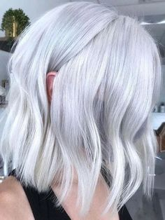 Best Platinum Blonde Hair Colors to Follow in Current Year | Voguetypes Platinum Blonde Hair Color, Blonde Hair Colour Shades, Bold Hair Color, Blonde Hair Looks, Dyed Blonde Hair, Hair Colors, Hair Color Highlights, Medium Hair Styles, Short Hair Styles