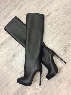 Select a superb Walk out in a new set of two ladies footwear from your contemporary correct. Stiletto Boots, High Heel Boots, Heeled Boots, High Heels, Cute Boots, Sexy Boots, Beige Boots, Black Boots, Chelsea