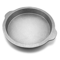 Wilton Armetale Gourmet Grillware Deep Dish Sizzle Skillet, Round, 15-1/2-Inch by Wilton Armetale. $45.32. Measures 2-inch by 14-inch by 15-1/2-inch. Wilton Armetale Gourmet Grillware Deep Dish Pizza Tray, designed for decorative and practical use. Durable, won't crack, chip or dent, rust or tarnish; Lifetime Warranty against breakage. Beautifully designed deep dish pizza tray from the wilton armetale gourmet grillware collection for the perfect pizza creation. Safe for oven, g...