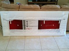 Handmade Home Decor For Your Own Personal Touch – DecorativeAllure Cardboard Headboard, Diy King Headboard, Cheap Diy Headboard, Cushion Headboard, Cardboard Furniture, Diy Cardboard, Headboard Ideas, Diy Upholstered Headboard, Bedroom Ideas