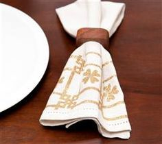 Set the table with this decorative napkin!