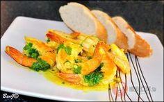Krevety na masle a cesnaku Fresh Rolls, Thai Red Curry, Shrimp, Meat, Ethnic Recipes, Food, Essen, Meals, Yemek