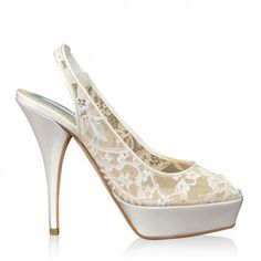http://www.bellissimabridalshoes.com/wedding-heels/high-heel-wedding-shoes/Franci-By-Oscar-de-le-Renta-In-White  Franci By Oscar de la Renta In White