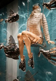 "MONCLER,Paris,France, ""Swimming with the Fishes"",close-up, pinned by Ton van der Veer"