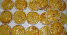 500 g de gordura vegetal  - 100 g de margarina  - 1 Kg de farinha de trigo  - 3 ovos inteiros  - 1/2 copo de leite gelado  - Sal a gosto  -