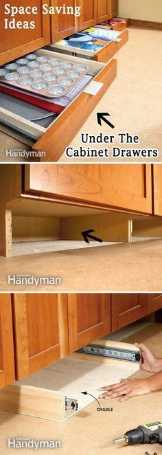 Add More Storage Space in the Kitchen with Under-Cabinet Drawers. Finding storage areas in any room always makes a space look bigger. Look under your kitchen cabinet drawers and add more storage for all of your cooking needs. via familyhandyman. Cocina Diy, Diy Casa, Diy Home, Kitchen Redo, Kitchen Small, Kitchen Pantry, Kitchen Drawers, Space Saving Kitchen, How To Make Kitchen Cabinets