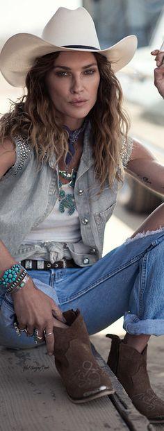❤ Cowgirls Country Fashion Brit West .