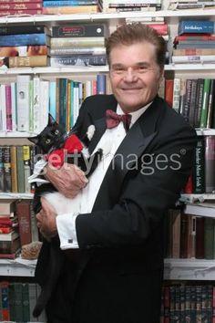 Fred Willard   Mejor conocido por sus actuaciones en las películas de Christopher Guest Esto es Spinal Tap, El experto, Very Important Perros y Músicos grandiosos