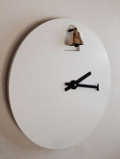 "Inspiration: ""Bell"" clock - The video MAKES this clock! Dinn - Orologi a muro > Diamantini & Domeniconi - Italian, love their clocks."