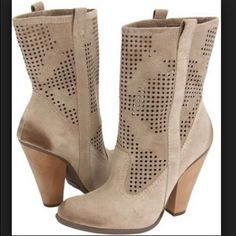 """‼️Price Drop‼️Sam Edelman Portia Boots Barely worn suede boots from Sam Edelman! I absolutely love these boots but they are slightly right on my feet. They hit mid-calf and have a 4"""" wooden. Worn maybe 5 times with most wear signs on the soles. Perfect to pair with a flowy sun dress for the summer!! . Reasonable offers accepted using offer button! Sam Edelman Shoes Ankle Boots & Booties"""