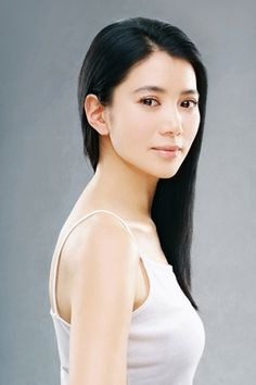 Anita Yuen Wing Yi is a Hong Kong film and television actress. She was the winner of the 1990 Miss Hong Kong Pageant. Hong Kong Celebrity, Celebrity Crush, Jessica Hsuan, Beautiful Asian Women, Beautiful People, Hannah And Her Sisters, Brigitte Lin, Now And Then Movie, Female Actresses