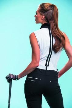 Expert Golf Tips For Beginners Of The Game. Golf is enjoyed by many worldwide, and it is not a sport that is limited to one particular age group. Not many things can beat being out on a golf course o Golf Attire, Golf Outfit, Athleisure, Tennis, Lady, Golf Tips For Beginners, Golf Wear, Womens Golf Shoes, Golf Pants