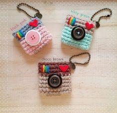 Crochet keychain bag free pattern Ideas Knitting For BeginnersKnitting HumorCrochet PatronesCrochet Scarf Crochet Keychain Pattern, Crochet Patterns Amigurumi, Crochet Dolls, Crochet Stitches, Knitting Patterns, Amigurumi Tutorial, Cat Amigurumi, Crochet Wallet, Crochet Kawaii