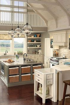 A wonderfully redesigned kitchen is nothing without appropriate lighting to spotlight its classy layout. These kitchen lighting ideas and also components will add design to any house. Loft Kitchen, Kitchen On A Budget, Apartment Kitchen, Kitchen Decor, Kitchen Ideas, Kitchen Taps, Country Kitchen Lighting, Modern Kitchen Lighting, Kitchen Lighting Fixtures