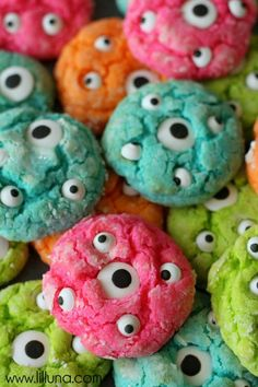 Gooey Monster Cookies and Monster Suckers - I love these monster cookies. So colorful and cute. My girls would go crazy! - Polka Pics