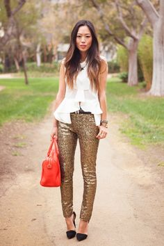 Gold metallic skinnies + white blouse!