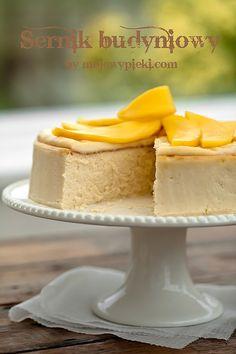 Sernik budyniowy z mascarpone i mango