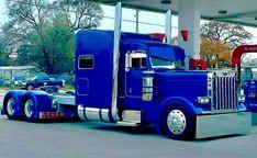 New semi truck painting peterbilt 379 51 Ideas Show Trucks, Big Rig Trucks, Old Trucks, Pickup Trucks, Chevy Trucks, Peterbilt 389, Peterbilt Trucks, Custom Peterbilt, Custom Big Rigs
