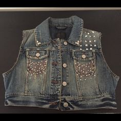 Jean vest Cropped jean vest cute with everything! Jackets & Coats Vests