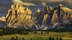 Download Wallpaper 1600x900 Alpe di siusi, Italy, Nature, Mountains, Dolomites 1600x900 HD Background
