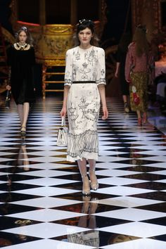 Dolce&Gabbana Women's Fall-Winter 2016-2017. #DGFabulousFantasy