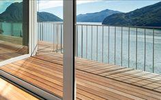 Hochwertige Holzterrassen in verschiedenen Ausstattungsvarianten. Deck, Outdoor Decor, Home Decor, Sustainability, Decoration Home, Room Decor, Front Porches, Home Interior Design, Decks