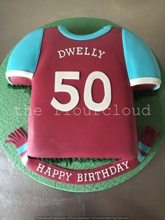 West Ham football shirt birthday cake.