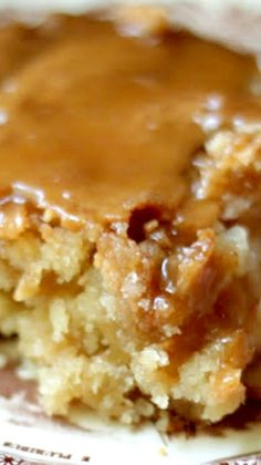Caramel Apple Cake Recipe ~ Gooey and full of caramel goodness.