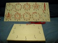 ¿Sabías que las tablas de multiplicar encierran un secreto? Pues sí y con forma de dibujos. Hoy os presento este material, que he conocid...