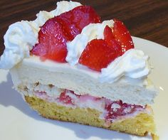 Strawberry Shortcake Cheesecake - Wow my mouth literally dropped open when I saw this- looks delicious!!