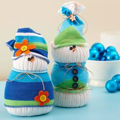 Cute Sock Snowman...tutorial. Read basic instructions to right of pic and there is a link for the tutorial.