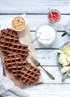Sunde proteinrige Elvis vafler - Vanlose Blues Tefal Snack Collection, Low Carb Sweets, Gluten Free Snacks, Waffles, Blues, Brunch, Keto, Baking, Breakfast