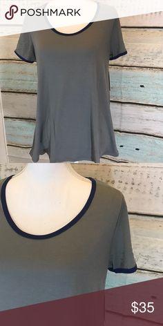 LuLaRoe Classic T size medium nwt LuLaRoe Classic T size medium nwt LuLaRoe Tops Tees - Short Sleeve