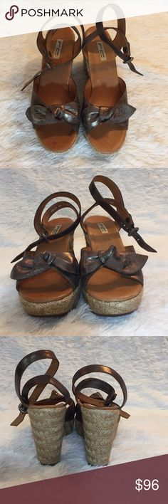 """Paul Green Wedges Authentic  Paul Green  4"""" Wedges Size 6.5 Originally $190 Good Condition  Bronze, metallic  CC 0003 Shoes Wedges"""