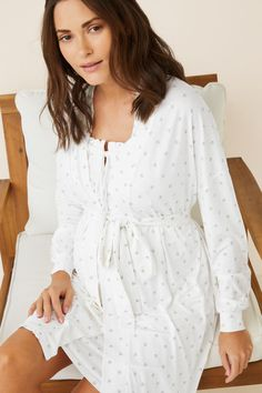 Prendas de dormir y homewear: Pijamas, camisones, batas... | Women'secret Dresses With Sleeves, Women's Fashion, Long Sleeve, Nightwear, Long Sleeve Dresses, Spring Summer, Feminine Fashion, Women