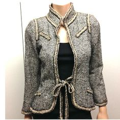 Tip: Chanel Jacket (Black and White)
